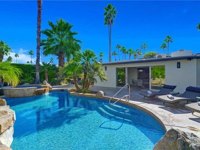 Photo for Amazing Mountain Views and close to Downtown Palm Springs