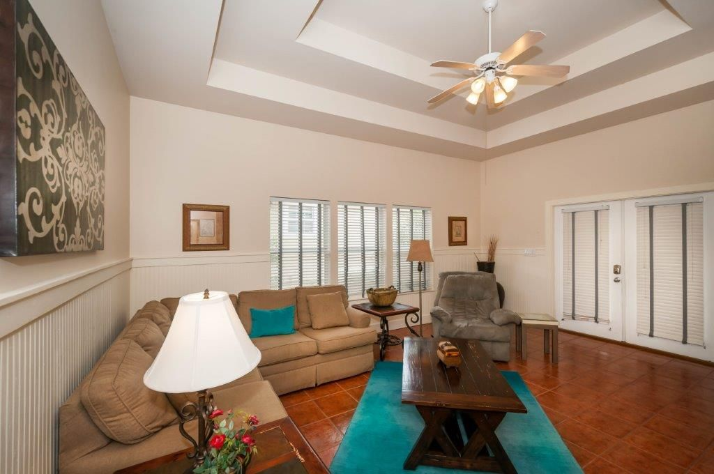 Charming Destiny East House with Carriage House Golf Cart Included! FREE Golf