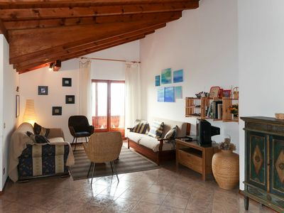 Photo for Nice apartment for 6 guests with TV, balcony, pets allowed and parking