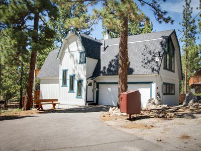 Photo for Home w/ game room, 2 blocks from Heavenly's California Lodge!