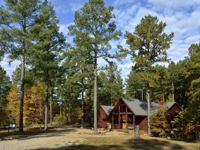 Wonder's Call, an Inviting  Luxury Cabin in the Hills of Eagle Mountain