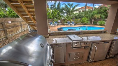 OUTDOOR KITCHEN BY POOL!!