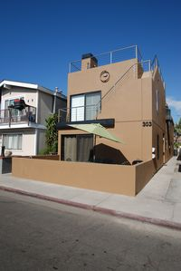 Photo for Contemporary Beach House Walk to the Beach! Amazing Rooftop Deck!