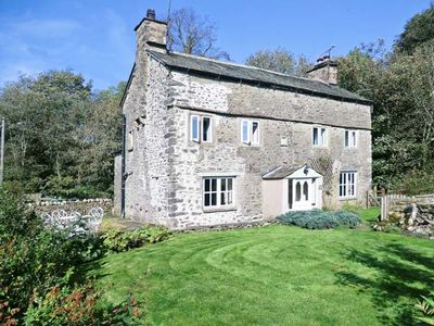 Photo for FLESHBECK COTTAGE, pet friendly in Kirkby Lonsdale, Ref 916