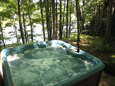 Secluded Hot Tub on the River