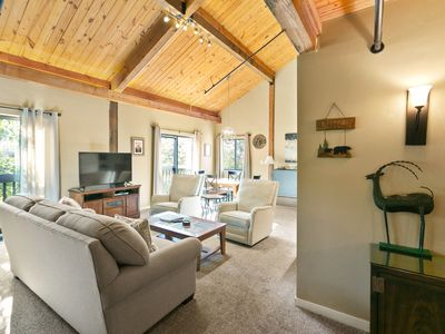 Photo for Large, updated Mountain Inn lodge room with full kitchen!