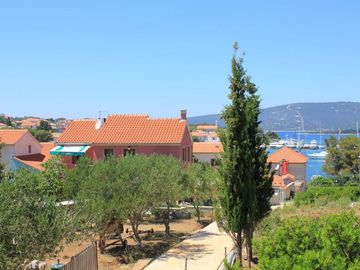Search 689 holiday rentals