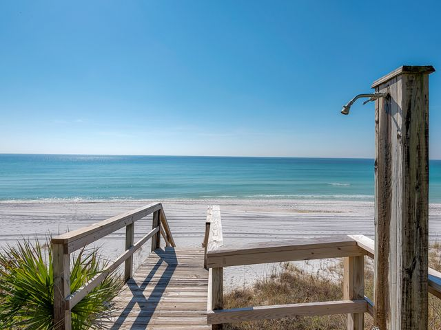 Gulf Front Home ~ Spectacular Views ~ Located in sought after Old Seagrove!!