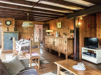 Photo for Cosy holiday home with fireplace and infrared sauna, in the middle of nature