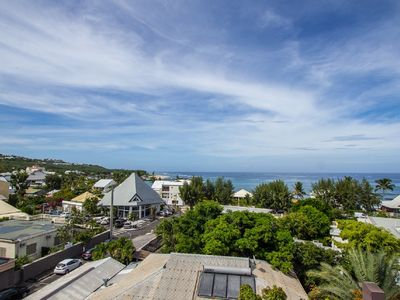 Photo for Duplex T4 150m from the beach Roches Noires sea view