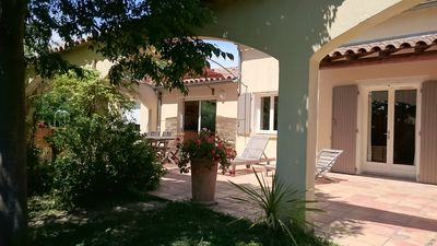 Photo for 3BR Villa Vacation Rental in Pujaut, Occitanie