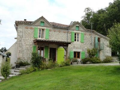 Photo for Gite Castelnau-Montratier, 4 bedrooms, 8 persons