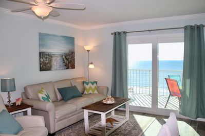 Ocean front condo with amazing view!