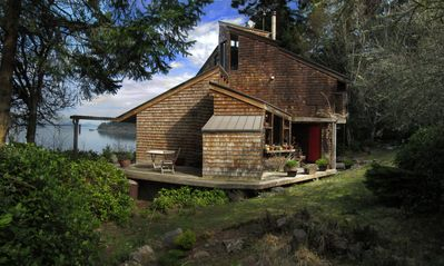Photo for Adorable Waterfront Bungalow - Incredible Sunsets & Dog Friendly