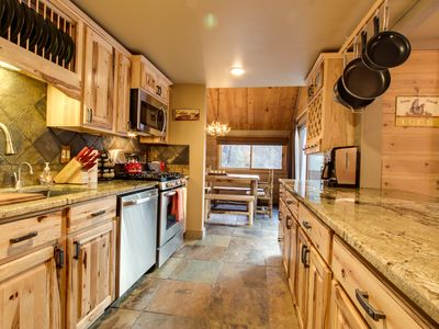 Photo for Rustic-chic, recently remodeled cabin with private hot tub plus SHARC passes