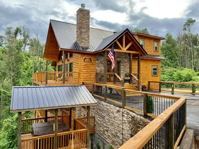 Photo for New Luxury Cabin! Movie Theater, Game Room, Man Cave, Hot Tub, FIRE PIT
