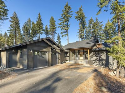 Photo for Spacious New Home with Hot Tub, Fire Pit, and Full Resort Access. Great Views!
