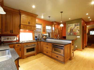 Photo for Beautiful 1903 Victorian -Close To UWM, Lake Park, Downtown, Vibrant Downer Ave.