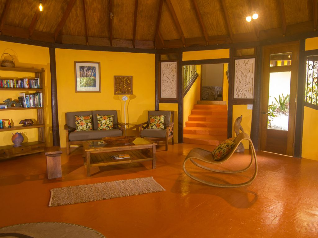 Luxury Botanical Garden Villa in a rainforest... - HomeAway Bocas ...