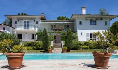 Photo for Villa with pool, views of the ocean and the Pyrenees Mountains