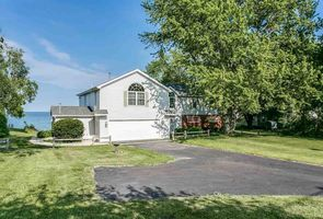 Photo for 4BR House Vacation Rental in Deckerville, Michigan