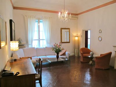 Photo for elegant 6-room-apt. in hist. palazzo, 2 terraces on 2 levels, absolute centre