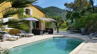 Photo for Comfortable villa with private pool and garden, 15mn from the sea.
