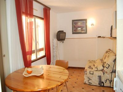 Photo for Apartment Port Leucate, studio flat, 2 persons