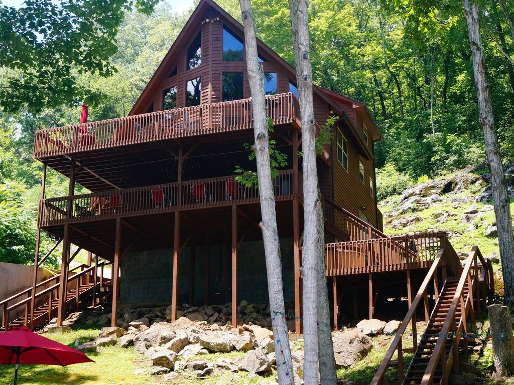 Secluded lynch hollow lagoon cabin 2018 homeaway for Secluded cabin rentals near nashville tn