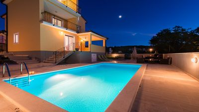 Photo for A beautiful light and airy Villa located just outside of Rovinj. Private pool