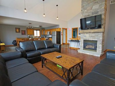 Photo for 8BR Chalet Vacation Rental in The Blue Mountains, ON