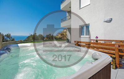 Photo for Luxury New, With Jacuzzi