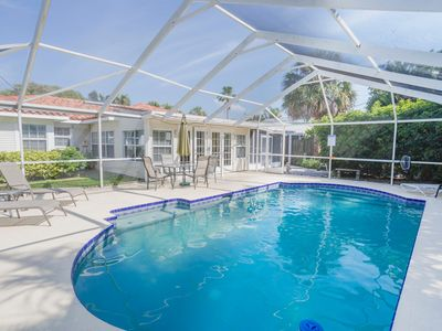 Caladesi House, Clearwater Beach Island, 100 yards to beach, swimming pool