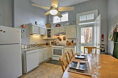 This apartment offers all the comforts of home and accommodations for 5.
