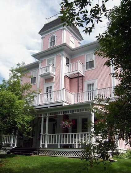 The Old Mansion HouseEnchanting 8 Bedroom Property in Historic    HomeAway Georgeville. 8 Bedroom House. Home Design Ideas