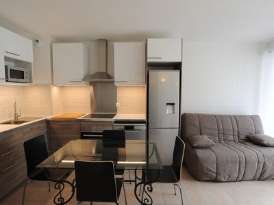 Photo for Beautiful T2 near metro and beaches with Garage