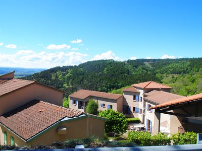 Photo for Beautiful apartment overlooking the valley - 4 people
