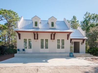 Photo for Winter's End, Luxurious New Home, 4 Bedrooms, Private Pool, Golf Cart Included! SPRING RATES REDUCED!