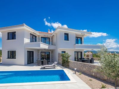 Photo for Luxury Holiday house - private swimming pool, large terrace, balcony sea view, private parking