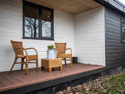 """Photo for Holiday bungalow """"Huisje-24"""" in wooded area (12 persons)"""