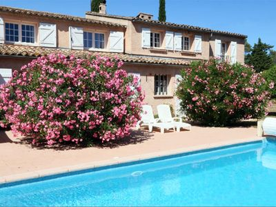 Photo for Beautiful Villa in Provence, Large Pool and Garden