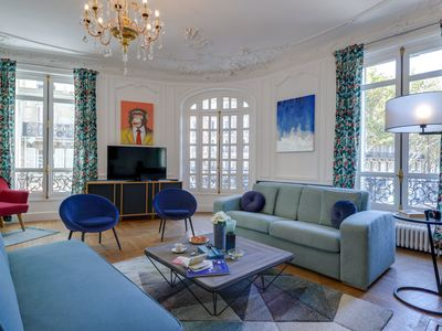 Photo for 5-bedroom apartment  in the trendy Opera - Grands Boulevards neighborhood