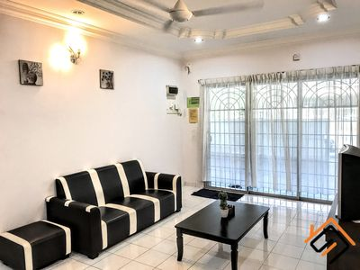 Photo for 5 min to Ipoh Town 3 Bedroom Homestay