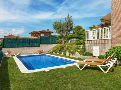 Photo for Lovely apartment for 8 guests with private pool, WIFI and TV