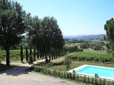 Photo for 6BR Villa Vacation Rental in Lucignano, Arezzo