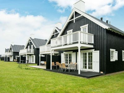 Photo for Upscale Holiday Home in Jutland with relaxing Whirlpool and Sauna
