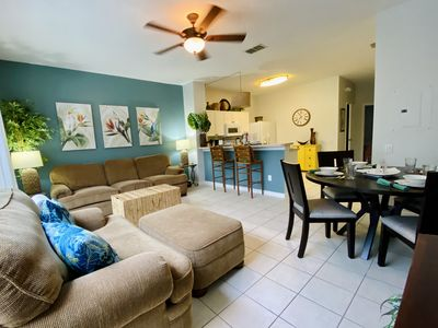 Photo for 3 Bed 3 Bath Resort Pool Home Minutes From Disney, Universal, and Bay Hill