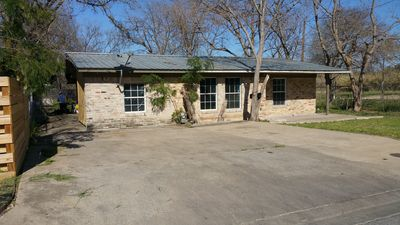 Photo for Centrally located, Large 3/1, monthly rental, Extra Parking