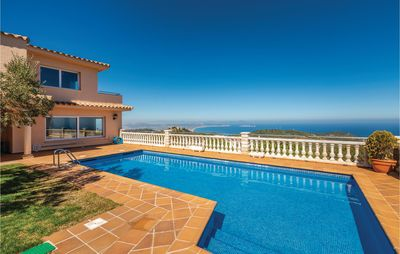 Photo for 5 bedroom accommodation in Begur