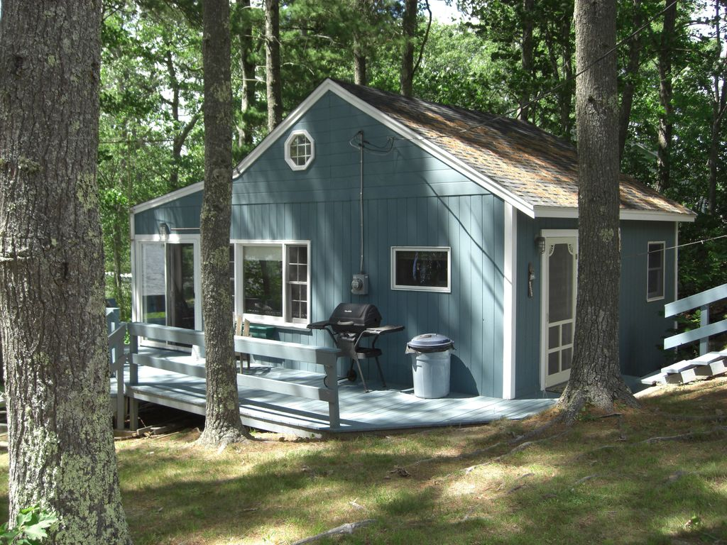 Damariscotta Lake Cottage Nobleboro two bedroom one bath ...